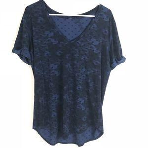 (Lululemon) polka dot blue and black workout top
